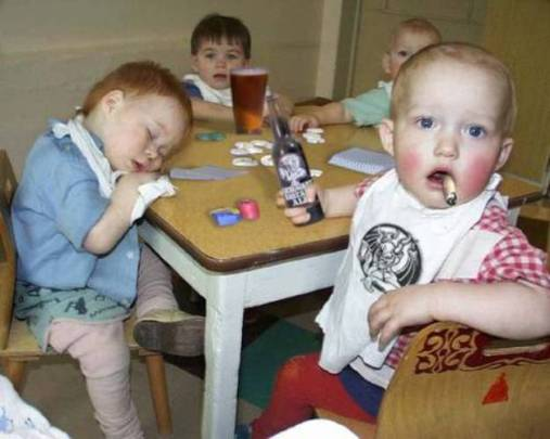babies drinking